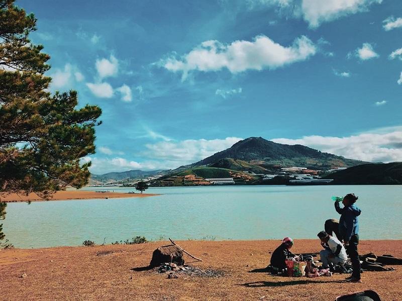 단기아 호수 (Hồ Đan Kia)